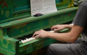ユーキャンの大人のピアノ講座
